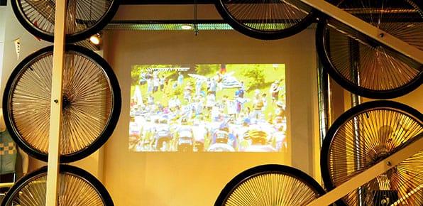 le-coq-sportif-projector-2